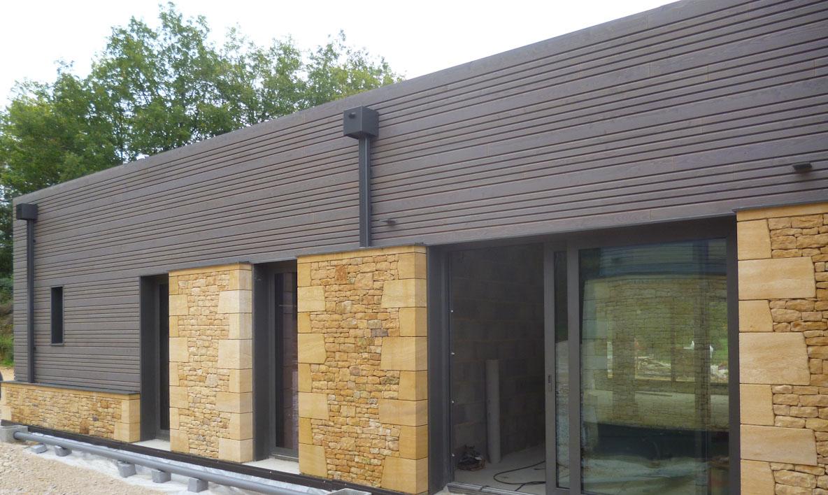 Bardage Bois Vertical Interieur construction maison en ossature bois, revêtement de façade